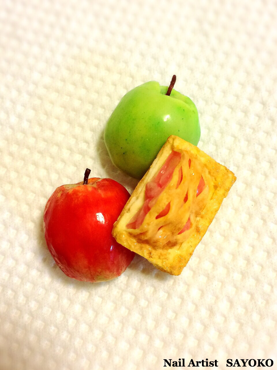 Apple & Apple Pie
